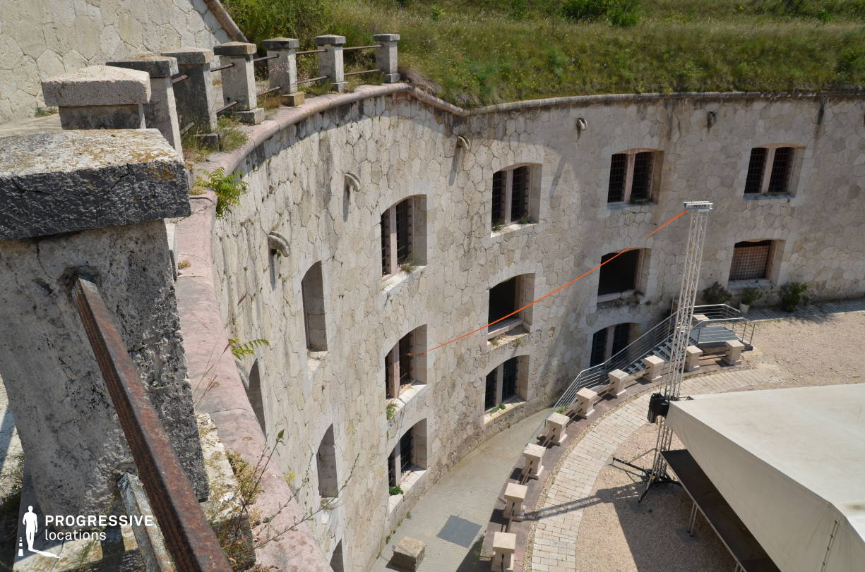 Locations in Hungary: Rampart %26 Courtyard, Monostor Fortress