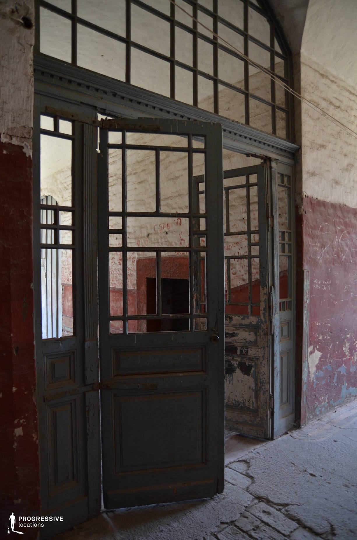 Locations in Hungary: Shabby Door, Monostor Fortress