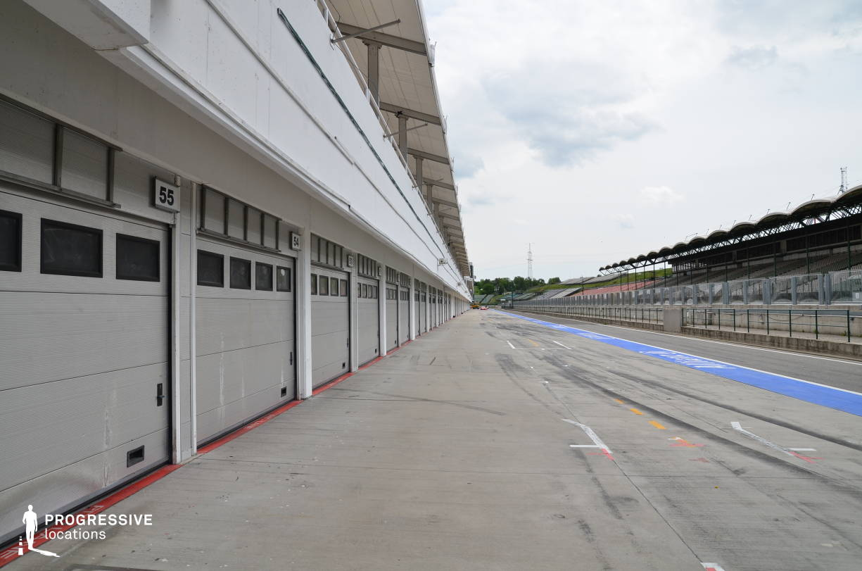 Locations in Hungary: Pit stop %26 Garages, Hungaroring