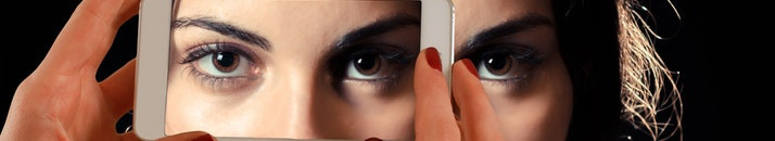 Top 7 Reasons to Invest in Contact Lenses