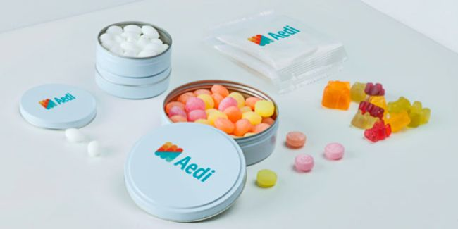 Custom sweets for party favours, recognition and social events