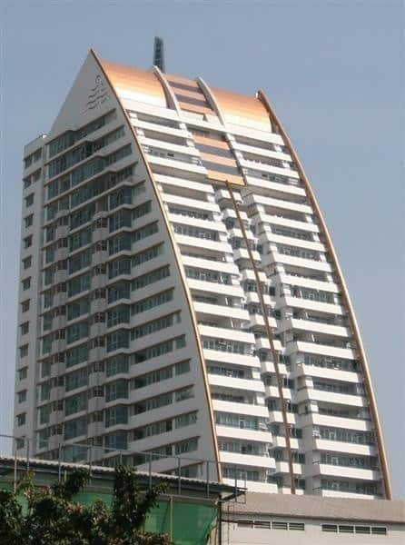 St. Louis Grand Terrace Sathorn 11