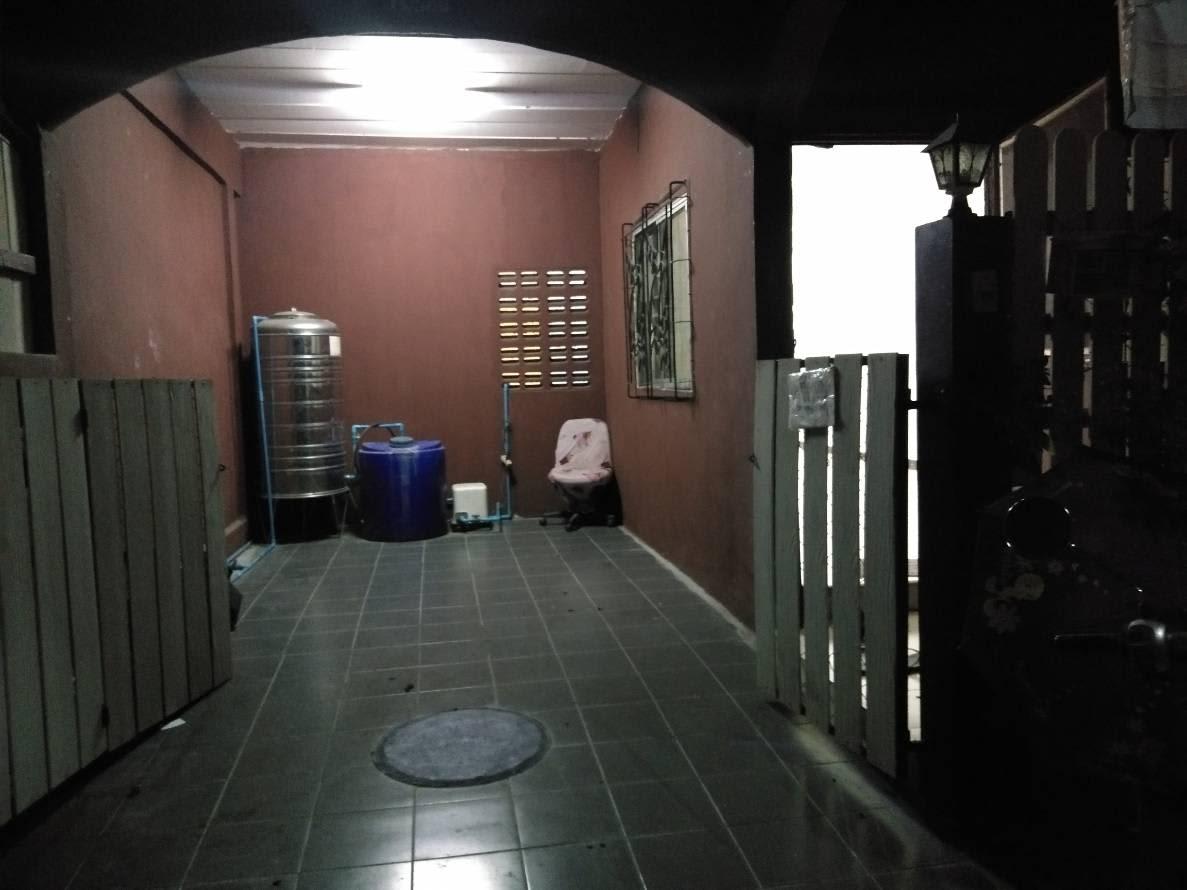เช่าทาวเฮาร์ หมู่บ้านเจริญภาค 5 คลอง 8 ธัญญบุรี ปทุมธานี พร้อมเฟอร์นิเจอร์ เดือนละ 4,500. บาท