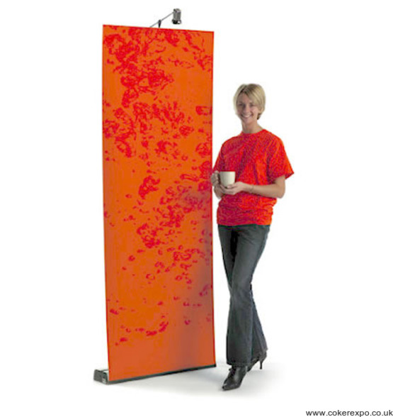 800mm wide sidewinder pop up banner stand