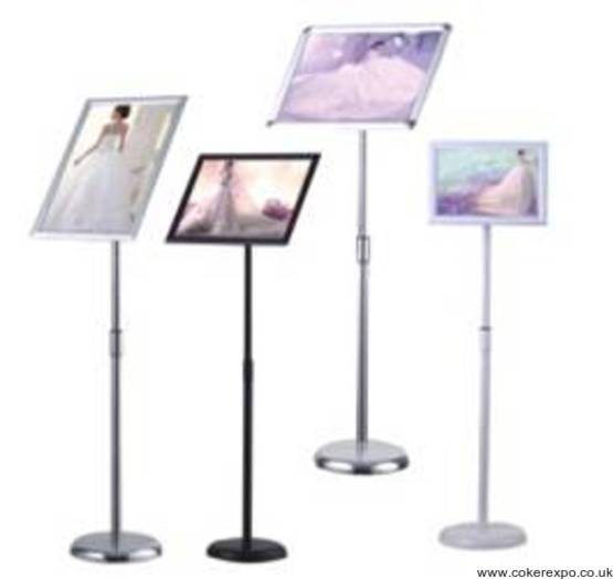 Information sign holder range
