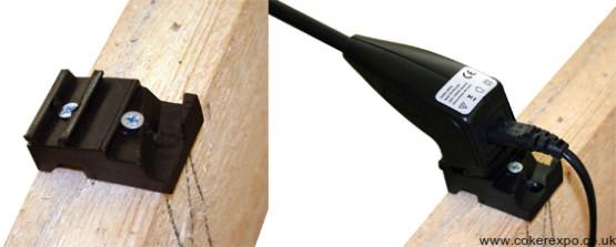 Pop up lighting fixing bracket
