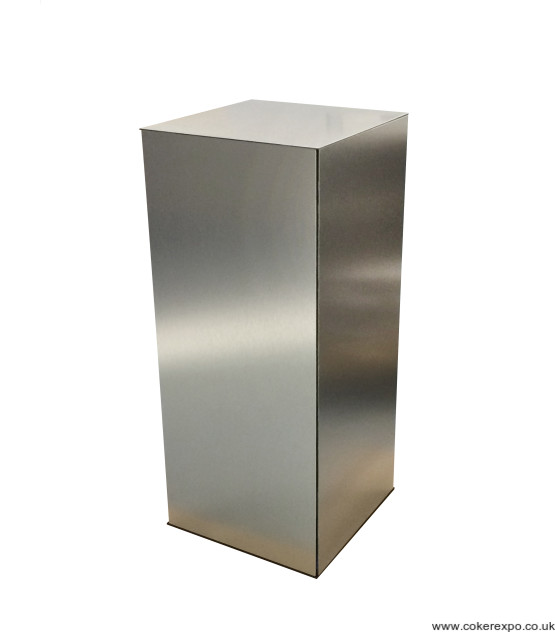Folding plinth brushed aluminium.