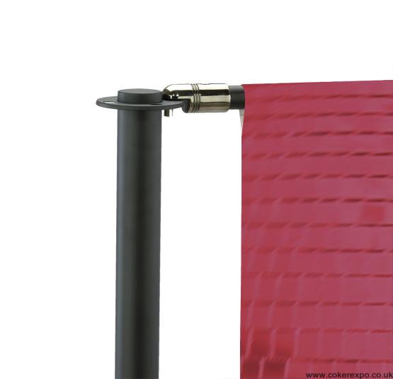 detail of Cafe barrier top hook