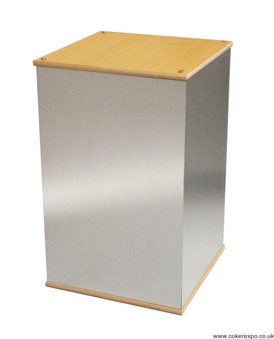 Aluminium display plinth for exhibitions and retail displays
