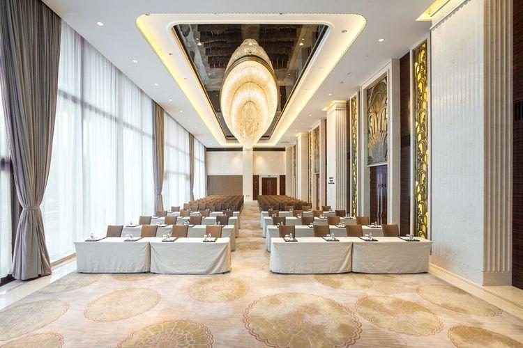 China Grain Hotel Shanghai 03.jpg