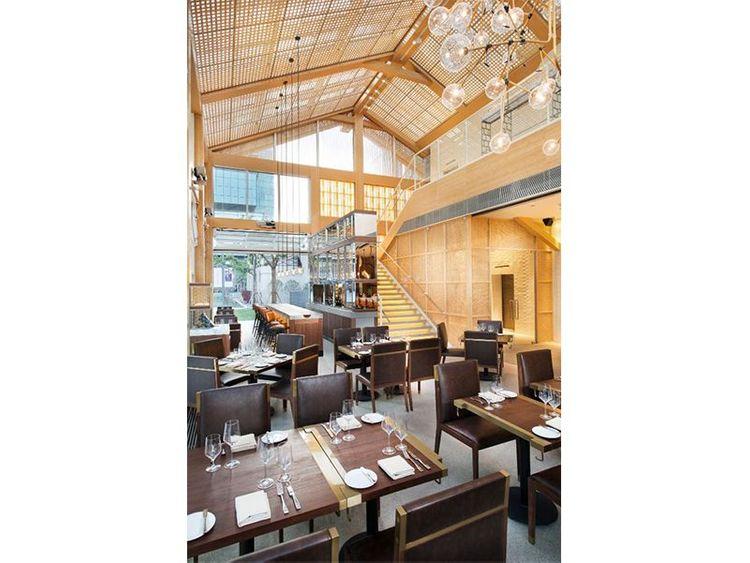 Calypso Restaurant & Lounge 07_Revised.jpg