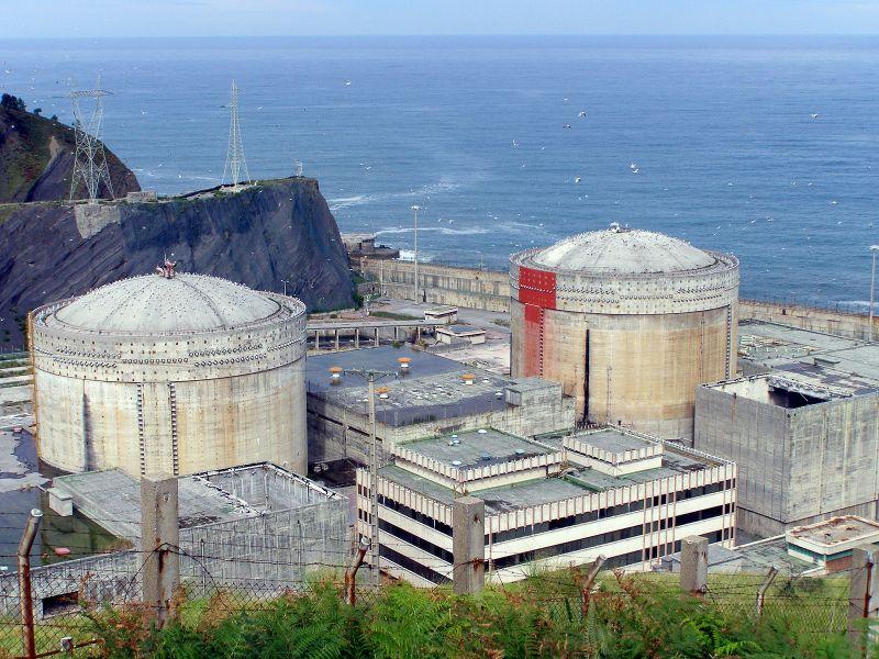 Central_nuclear_de_Lemóniz_(Vista_Este)