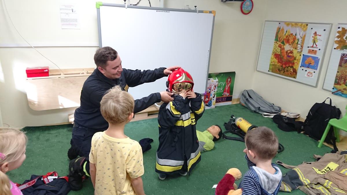 Osoby podczas wydarzenia pt.Wizyta strażaków