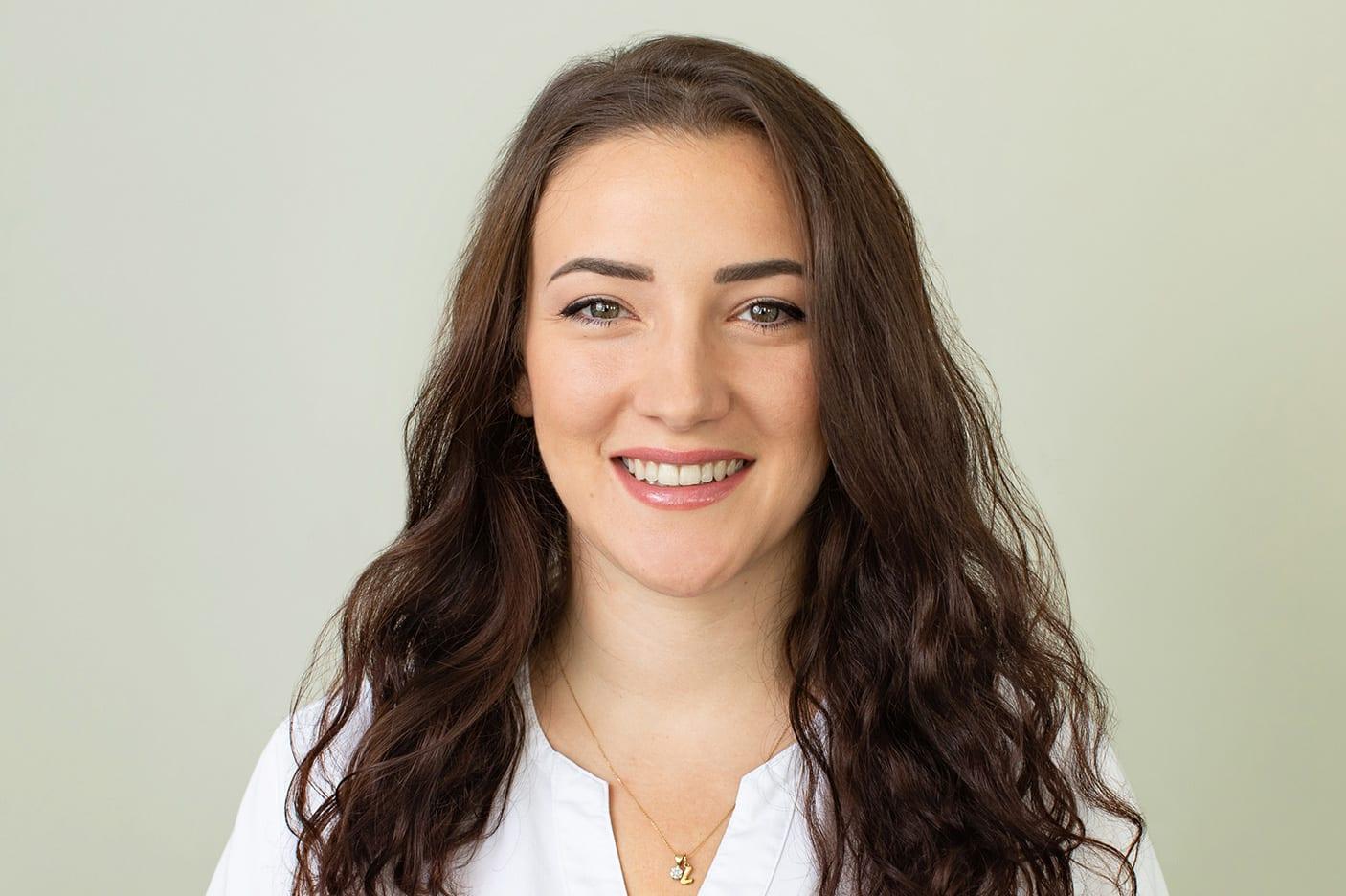 Vunder Orthodontics  Leonora-Zeneli