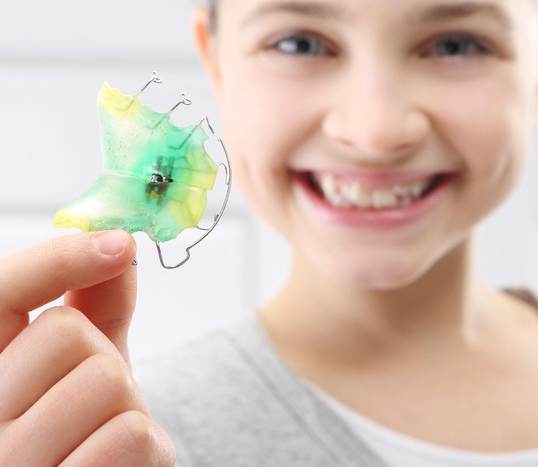 Vunder Orthodontics Herausnehmbare Zahnspange Trageerfolg