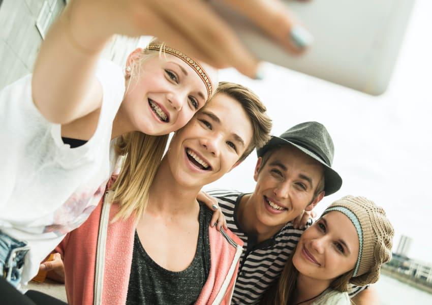 Kieferorthopädie Für Jugendliche