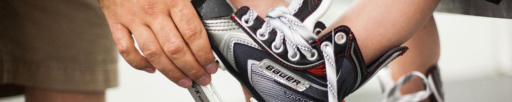 6abe4474bce How to Fit Hockey Skates