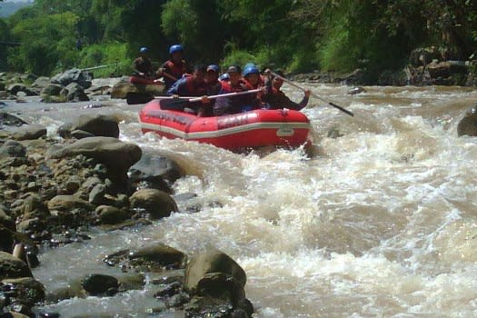 Rafting di Sungai Citarum Bandung