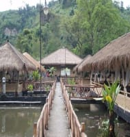 Pemancingan Saung Wargi Lembang Bandung