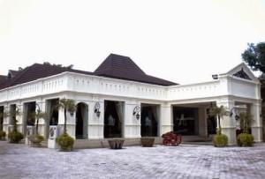 Museum Batik Kuno Danar Hadi - Surakarta