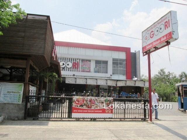Toserba Dan Swalayan Goori Ngaliyan - Semarang