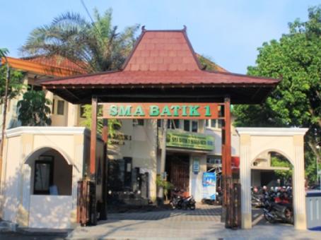 SMA Batik 1 Surakarta