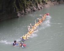 Body Rafting di Green Canyon Pangandaran