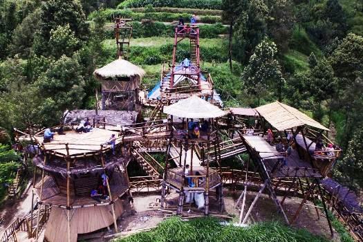 Oemah Bamboo Merapi Solo