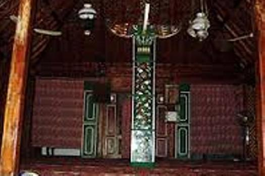 masjid-saka-tunggal-2