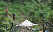 Shaking Bridge di Curug Tilu Leuwi Opat