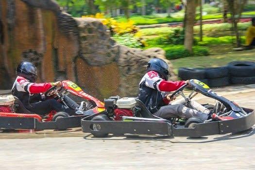 Balap Go Kart