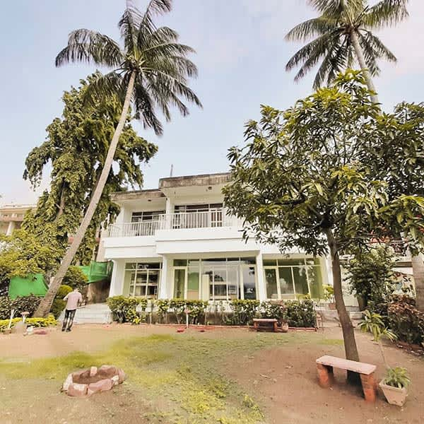 If You Travel On A Budget, Check Out Bistar Hostels   So Delhi