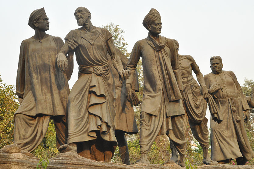 all about gyarah murti sculpture in sardar patel marg so delhi