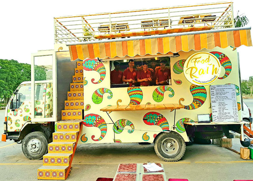 Food Rath Food Truck With Rooftop Seating In Noida So Delhi