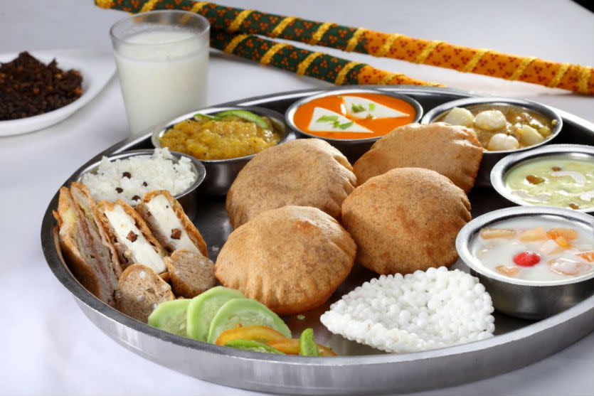 7 places serving best jain food so delhi tucked in karol bagh this pure vegetarian restaurant dishes up some really toothsome chinese north indian and south indian food forumfinder Image collections
