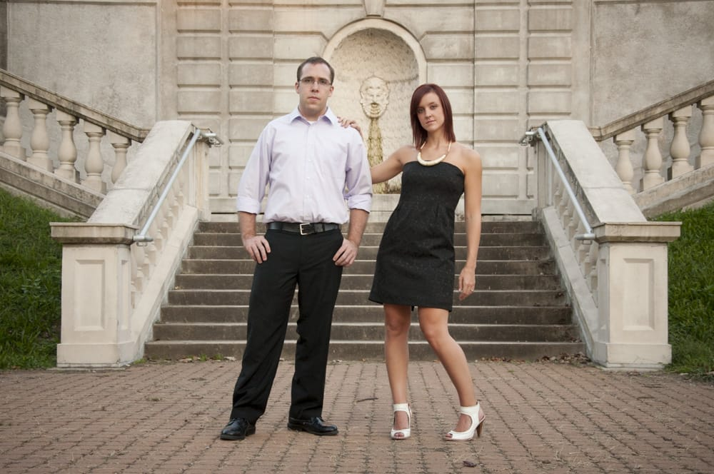 Fashionable couple in South City STL for enagement pictures