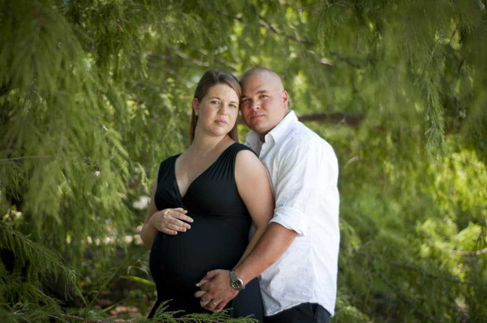 Maternity photograph with mother and father at Creve Coeur Lake