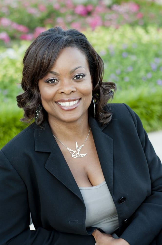 Professional African American Woman in Non for Profit head shot in Forest Park