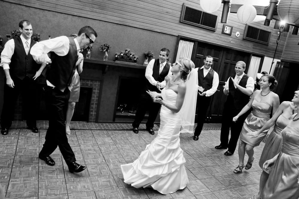 bride and groom dancing at Innsbrook MO