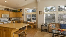 26640 Paradise Valley Rd - Kitchen