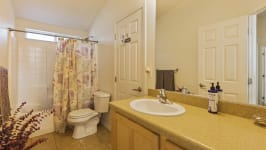 26640 Paradise Valley Rd - Bathroom