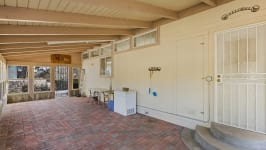 26640 Paradise Valley Rd - Sunroom