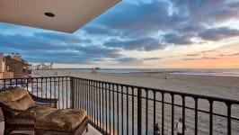 2904 W Oceanfront