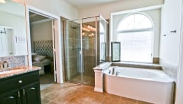 Beautiful Custom Built Home In Rockwall, Tx - Separate Shower/Tub.
