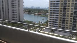5555 Collins Ave 12 Z