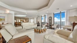 1581 Brickell Ave - Formal Living Room