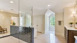 5295 Woodridge Forest Trail
