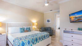 1025 Crescent Street, Sarasota, Fl