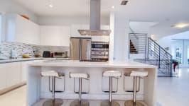 Price Reduced In Usd 60,000 / Sellers Offer Money Incentives For Closing Costs. - Luxury Appliances