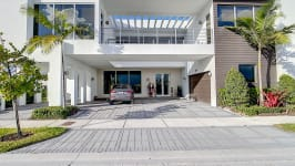 Price Reduced In Usd 60,000 / Sellers Offer Money Incentives For Closing Costs. - Front View